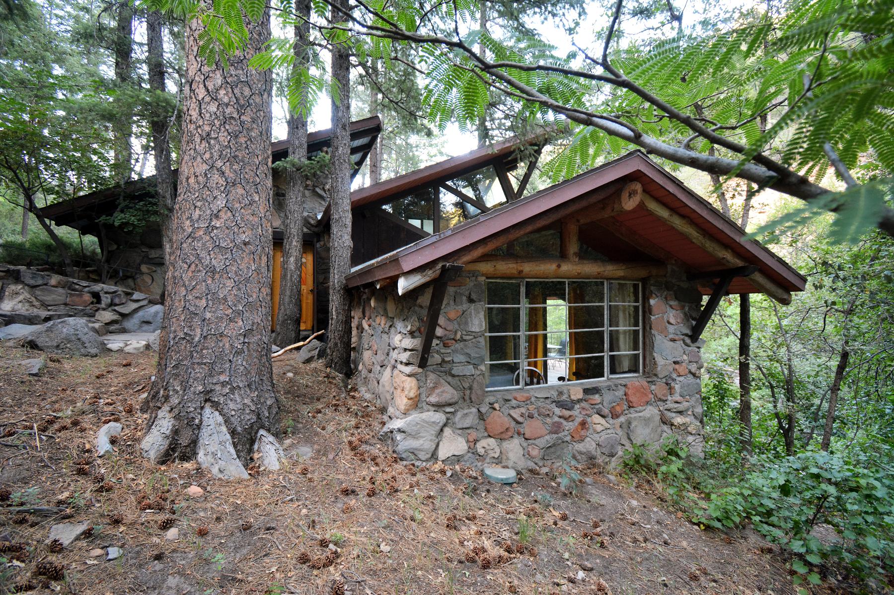 Cloud House in Oak Creek Forest House Resort Sedona Exterior