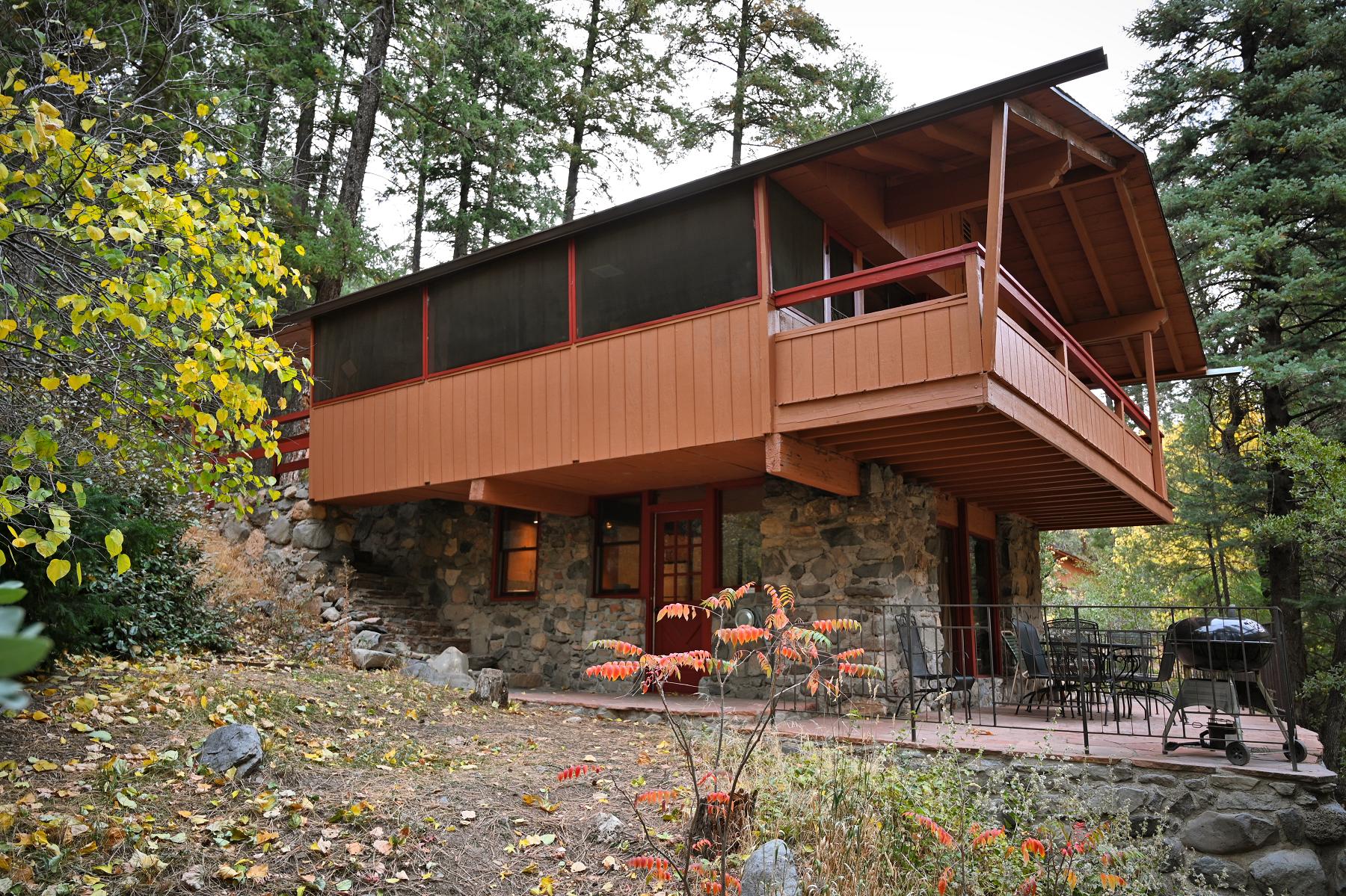 Creek House in Oak Creek Forest House Resort Sedona Exterior