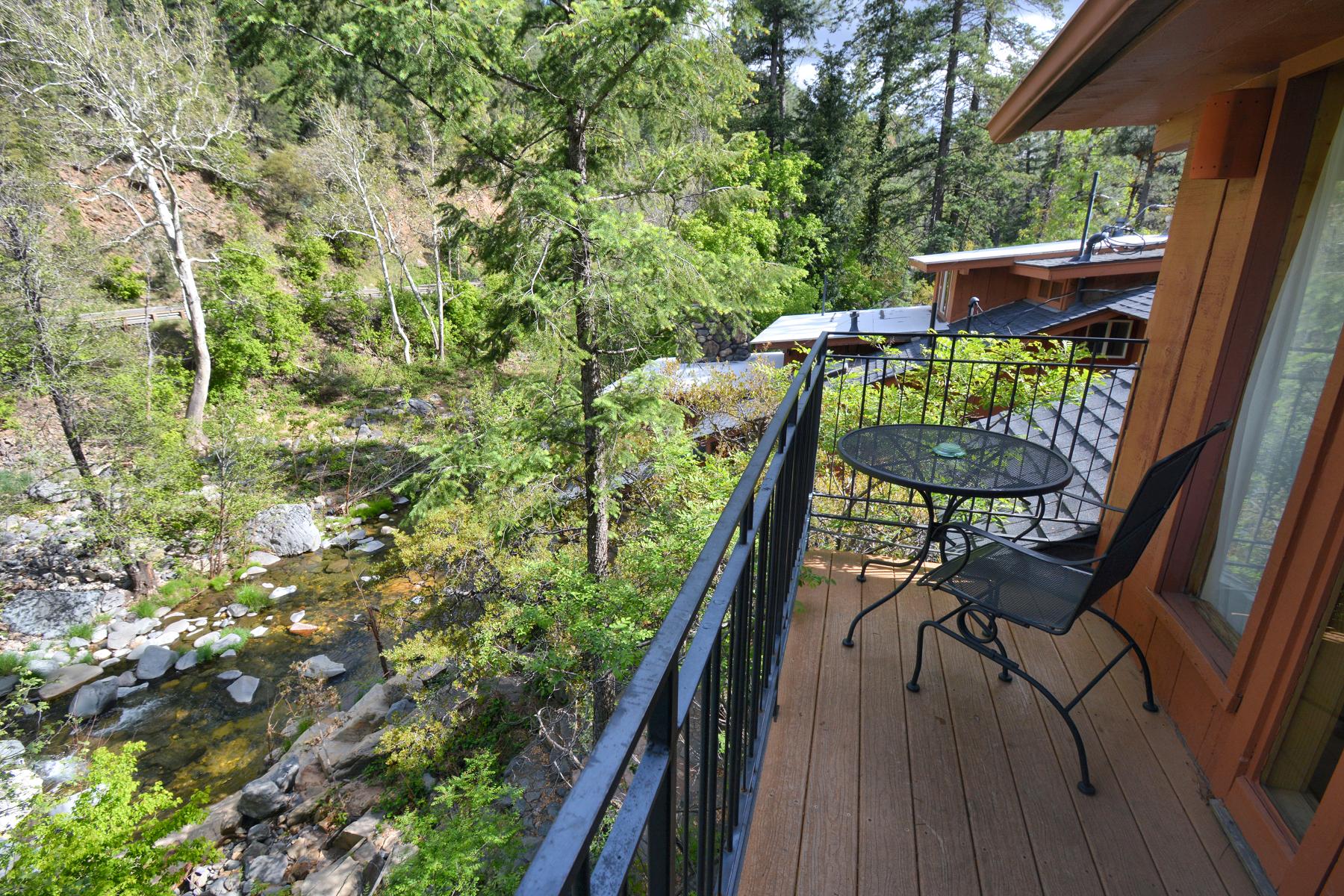 overlook house Forest House Resort Sedona Deck